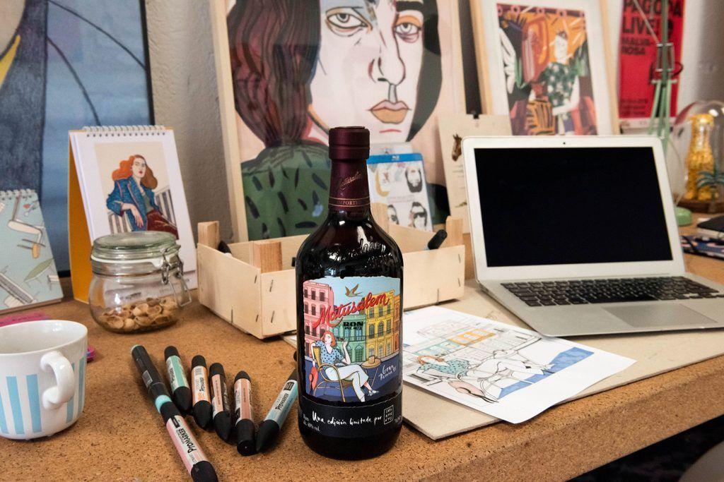 Botella Ron Matusalem diseñada por Carla Fuentes